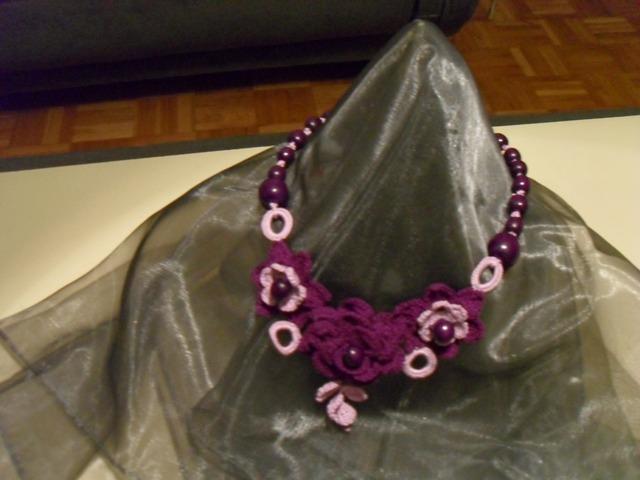 Ogrlice : Ogrlica 001104 (tri boje)