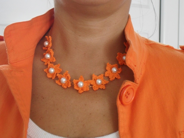 Ogrlice : Ogrlica Cvetići