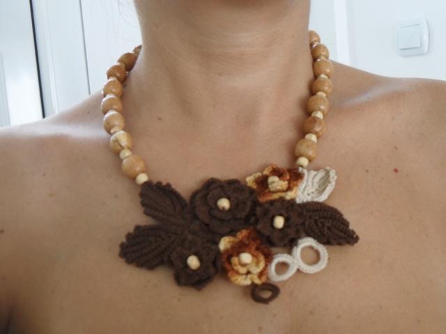 Ogrlice : Ogrlica Karamel