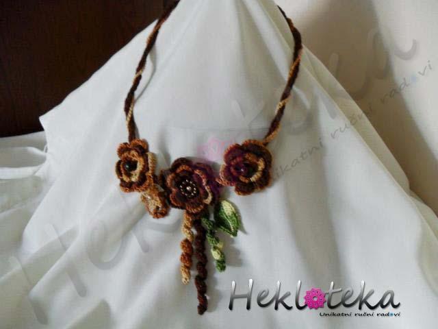 Heklana ogrlica od pamučnog konca